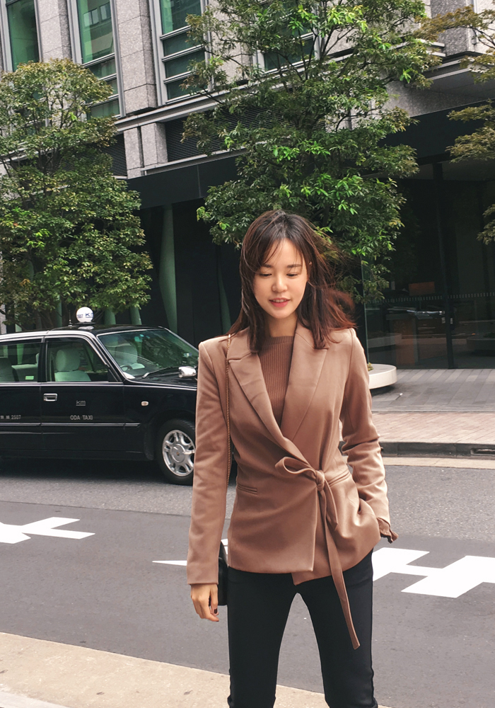 Ribbon tailored jacket / camel