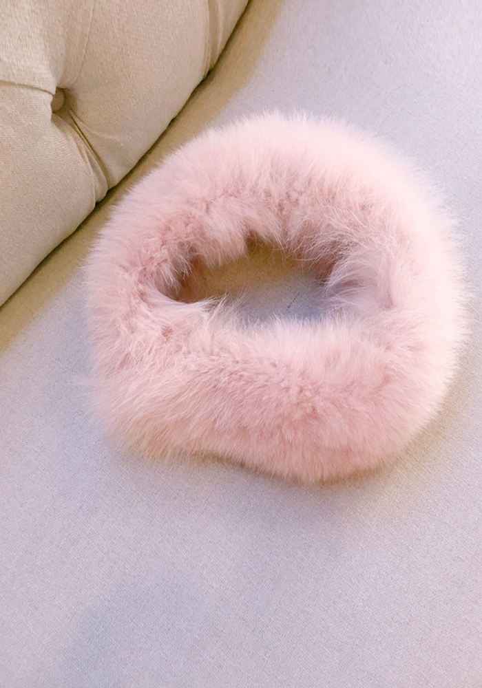 Fox fur pink scarf