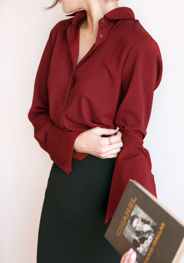 Silky blouse / burgundy