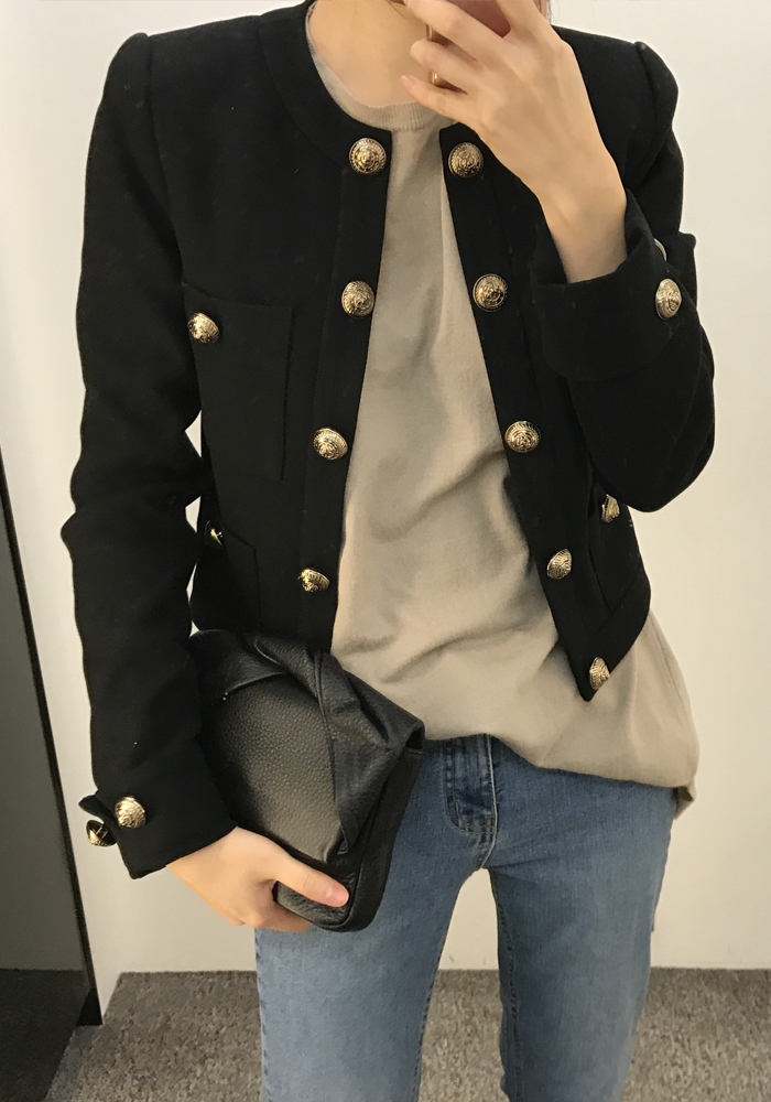 Gold button jacket / black