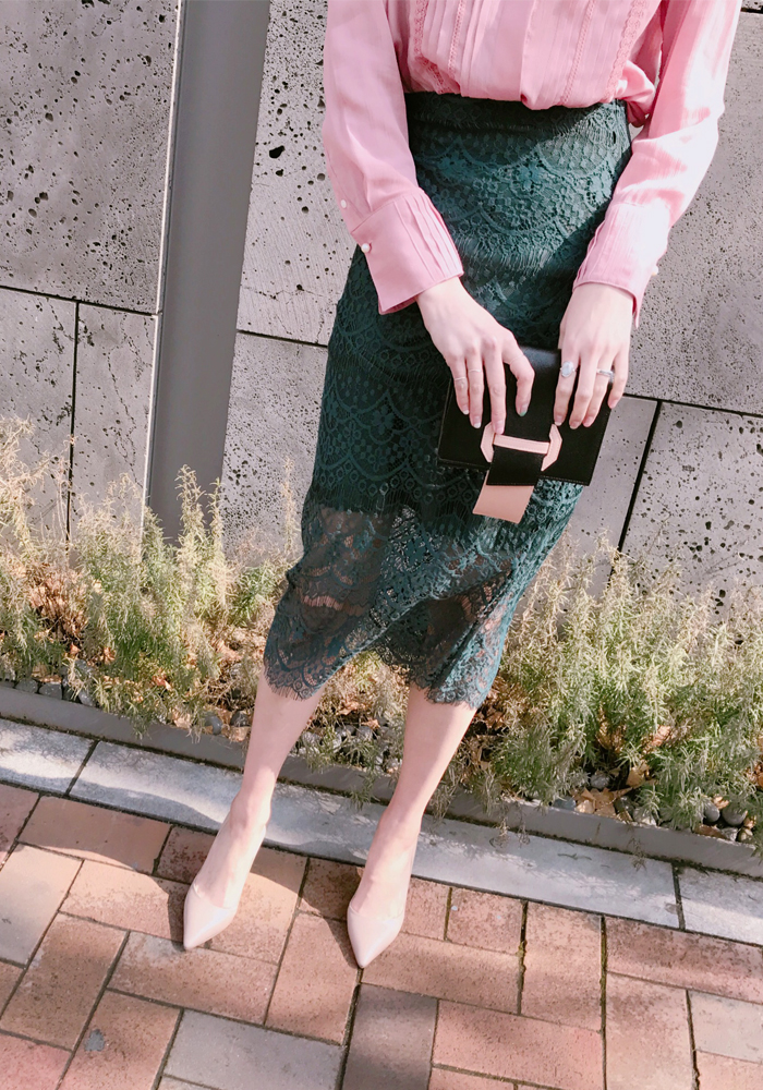 Spring lace skirt / deep green