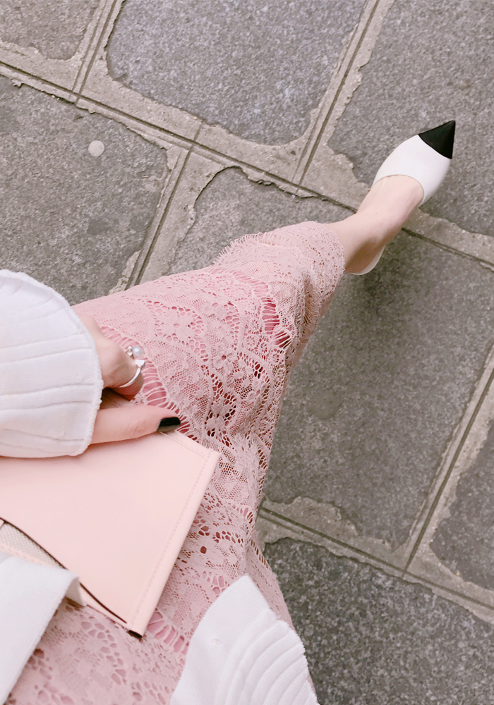 Spring lace skirt / pink