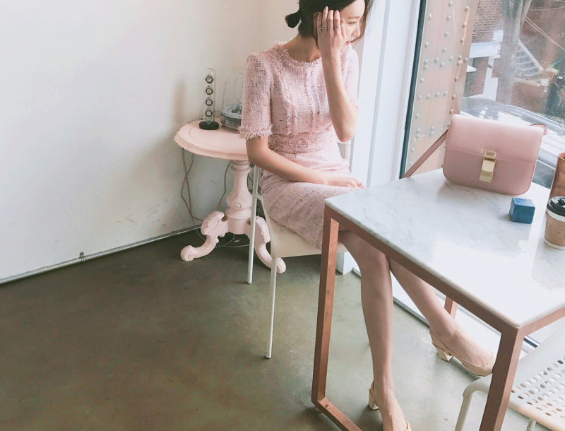 Classical tweed dress / pink