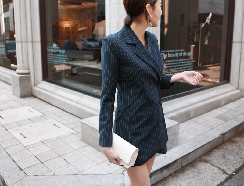 Tailored fit dress jacket / navy stripe