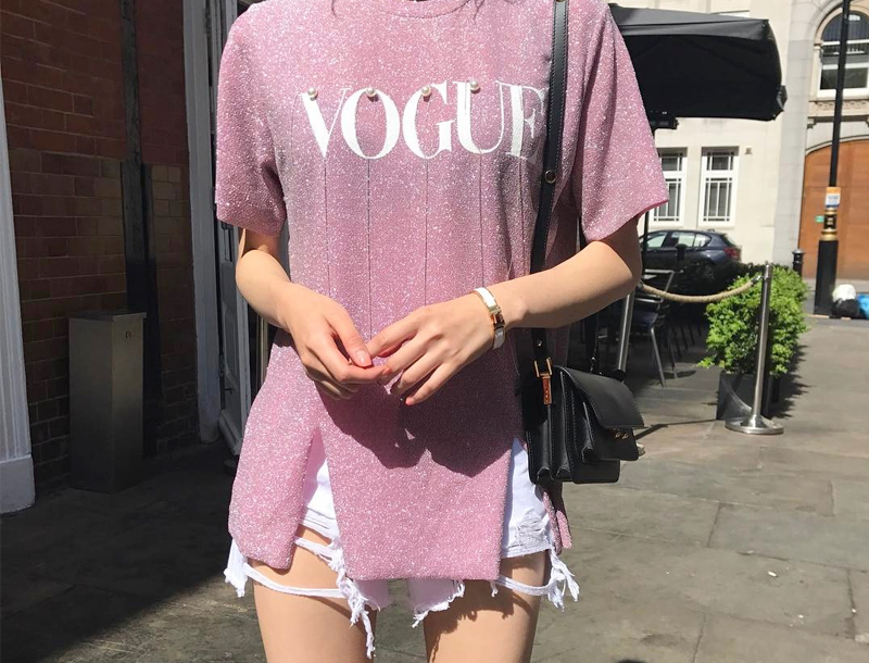 Shine pearl vogue tee / pink
