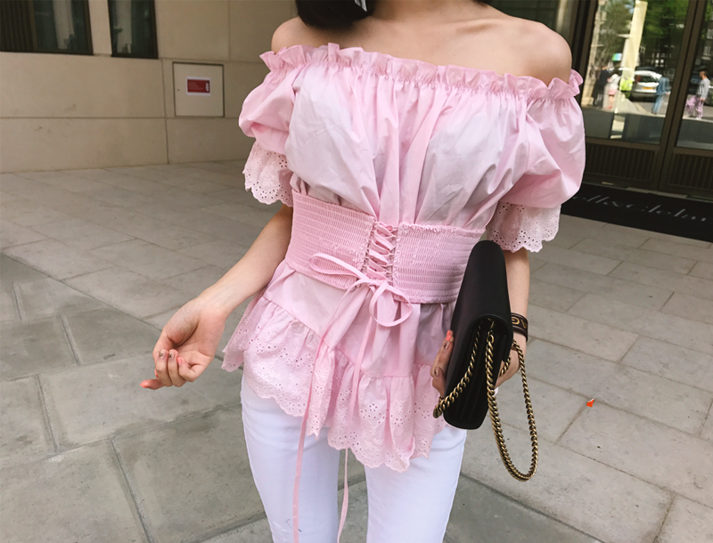 Corset belt off shoulder blouse / pink