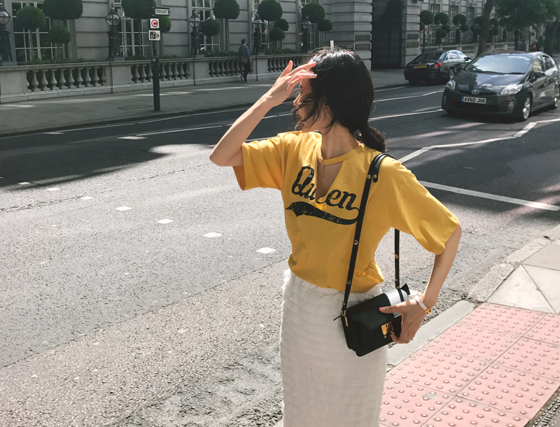 Queen cutting tee / yellow