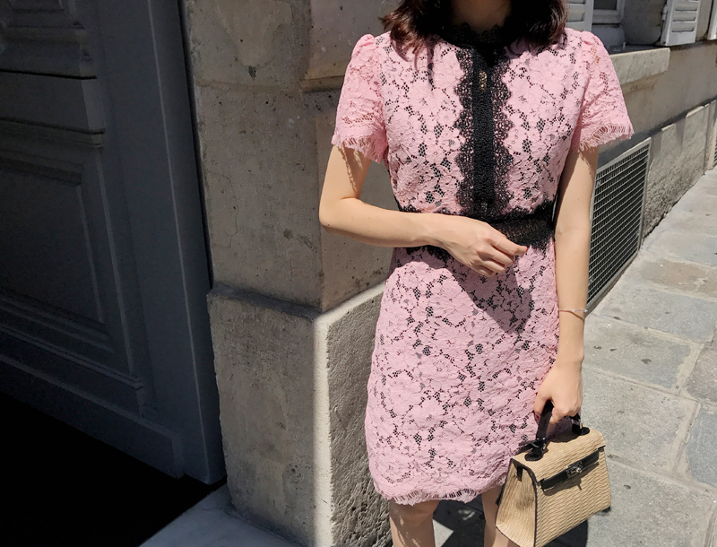 Pure lace dress / pink